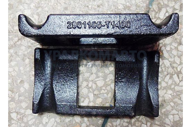 седло стремянки передней рессоры DONG FENG 2901105-T1400